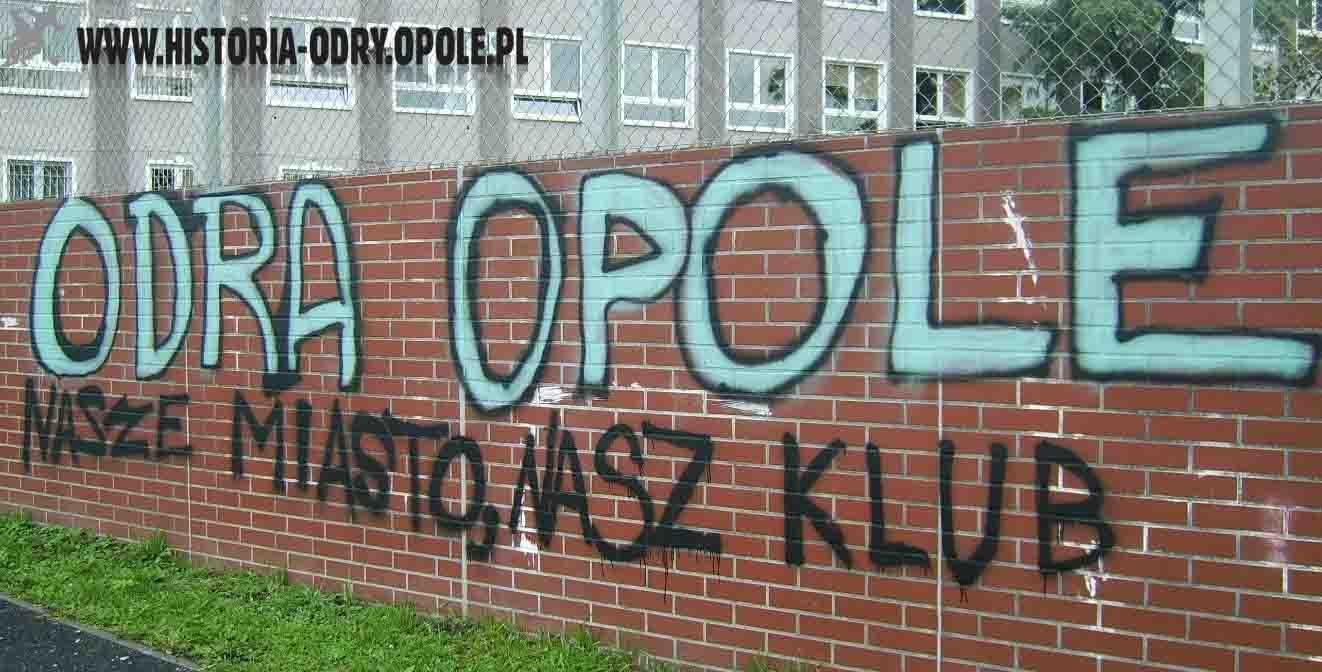 Napisy-graffiti (ul. Struga) - 3
