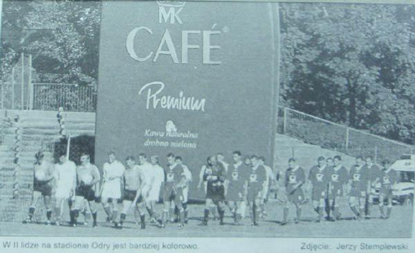 Kawa dodała kolorytu stadionowi przy Oleskiej [1997]
