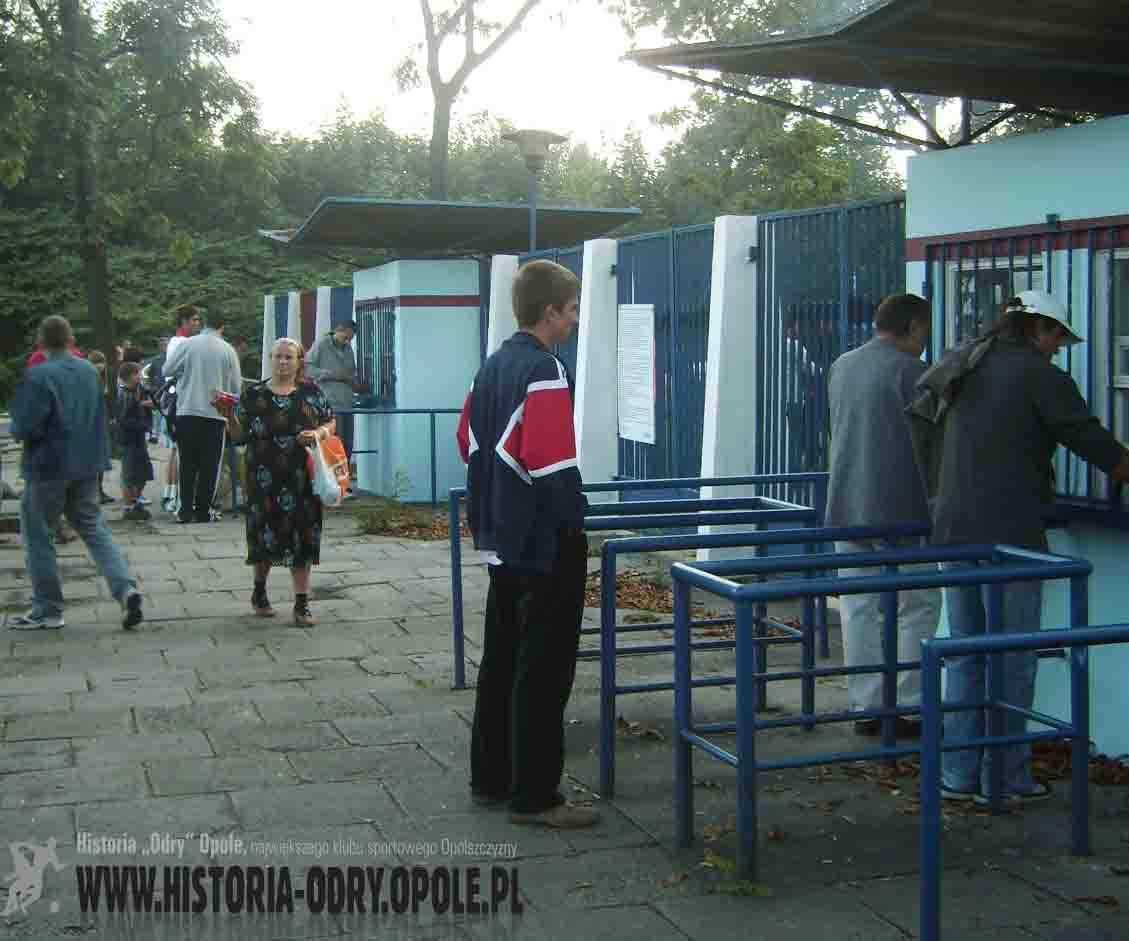 """Przed spotkaniem """"Odra"""" Opole - """"Znicz"""" Pruszków (2008)"""