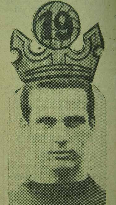 Engelbert Jarek w koronie.