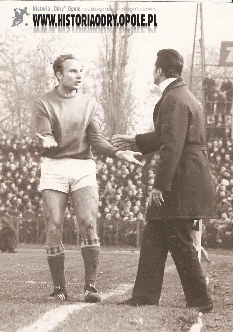 Manfred Urbas - jedyny, który uczestniczył w regionalnych derbach w dwóch różnych ekipach.